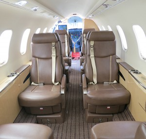 BOMBARDIER_LEARJET_45XR_inside